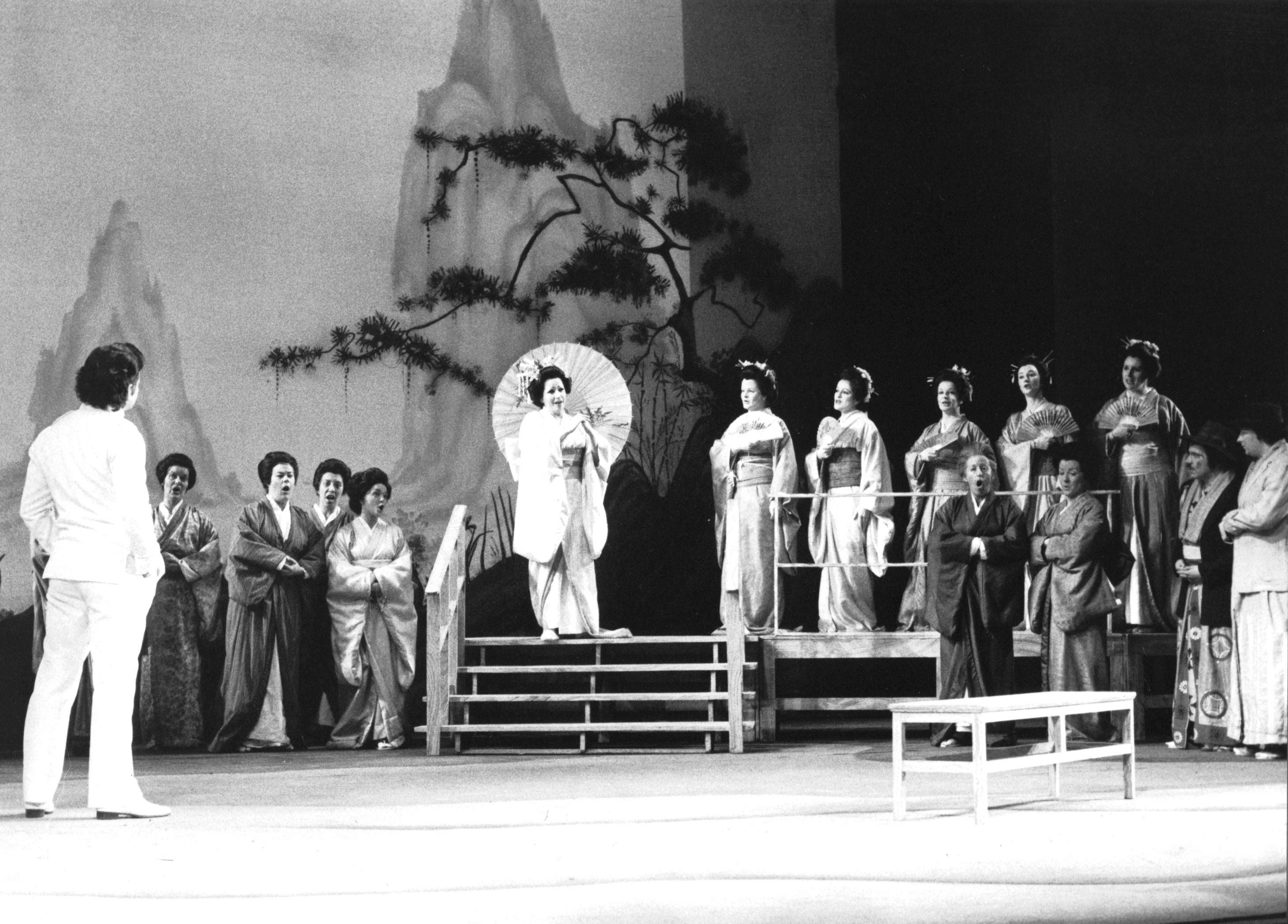 Madama Butterfly, 1976